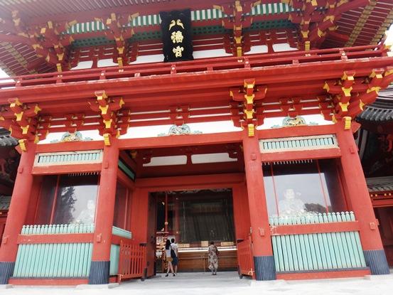 夏の鎌倉(鶴岡八幡宮・小町通り)をそぞろ散歩~鶴岡八幡宮の歴史について分かりやすく簡単に解説