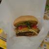 フレッシュネスバーガー藤が丘でカフェ読書&仕事(美味しいハンバーガー食べながら)