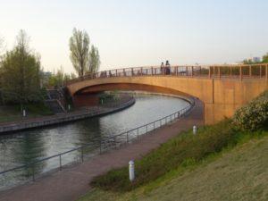 冨岩環水公園 運河