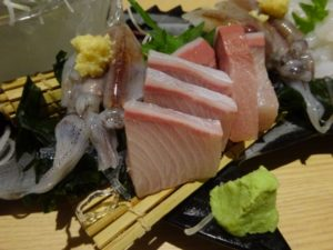 富山グルメ ブリのお刺身