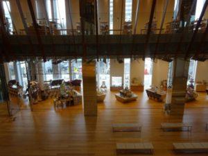 富山図書館 富山ガラス美術館