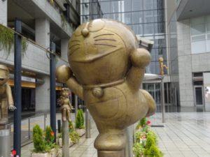 高岡駅 ドラえもん銅像